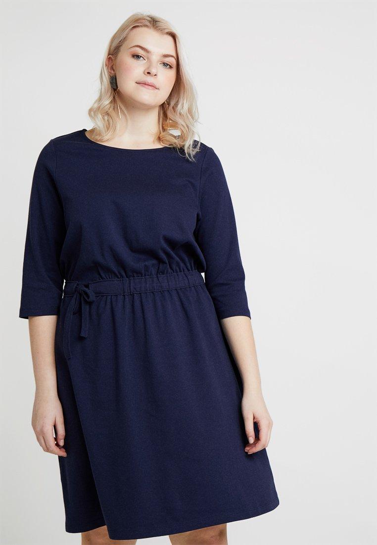 MY TRUE ME TOM TAILOR - DRESS WITH SELF TIE WAIST - Jerseykleid - true dark blue
