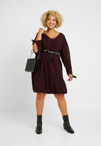 MY TRUE ME TOM TAILOR - SLEEVE SLIT DRESS - Kjole - burgundy/black - 2