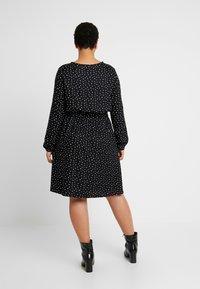 MY TRUE ME TOM TAILOR - FLUENT ELASTIC WAIST DRESS - Day dress - black/white - 2