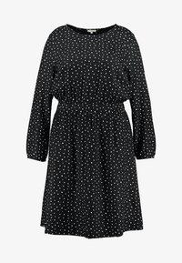 MY TRUE ME TOM TAILOR - FLUENT ELASTIC WAIST DRESS - Day dress - black/white - 3