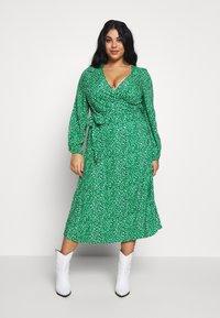 MY TRUE ME TOM TAILOR - WRAP DRESS - Day dress - green based design - 0