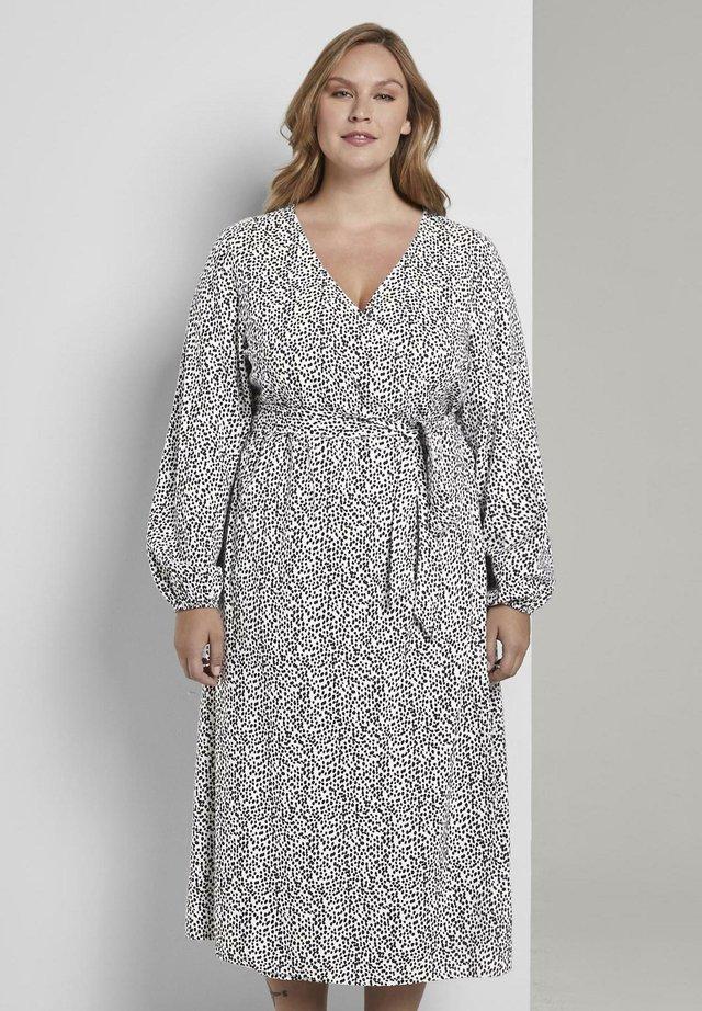 Korte jurk - cream/black