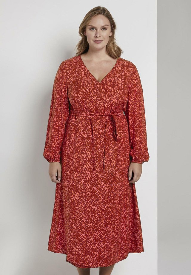 Day dress - burgundy orange