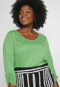 MY TRUE ME TOM TAILOR - WITH SLEEVE DETAIL - Long sleeved top - green