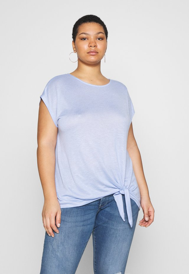 T-SHIRT WITH KNOT DETAIL - T-shirt med print - parisienne blue