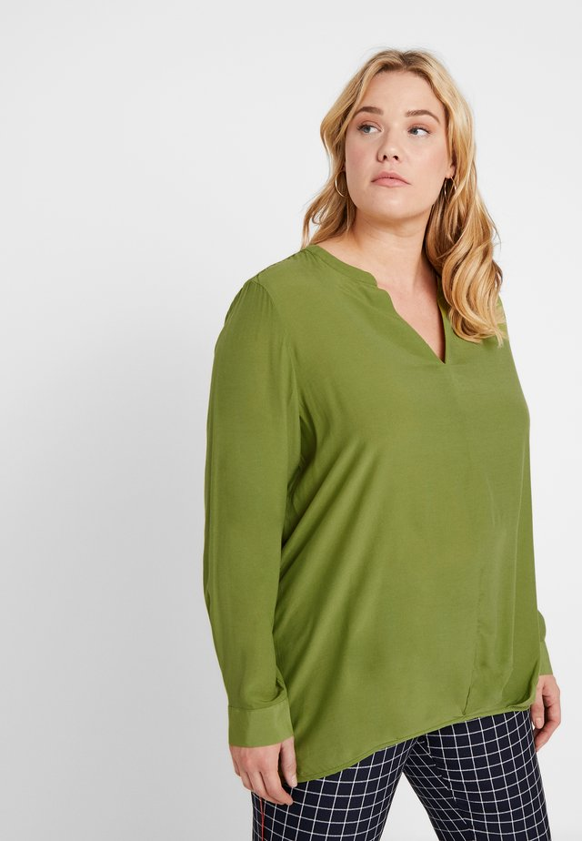 BLOUSE SOLID WITH FOLDED HEM - Bluzka - wood green