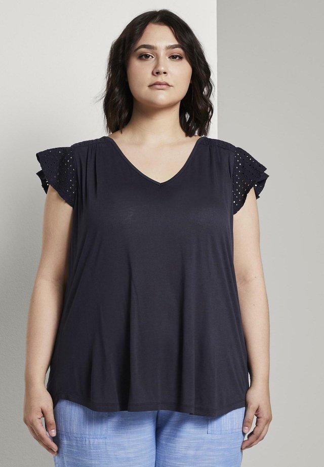 WITH SHIFFLI - T-shirt imprimé - real navy blue