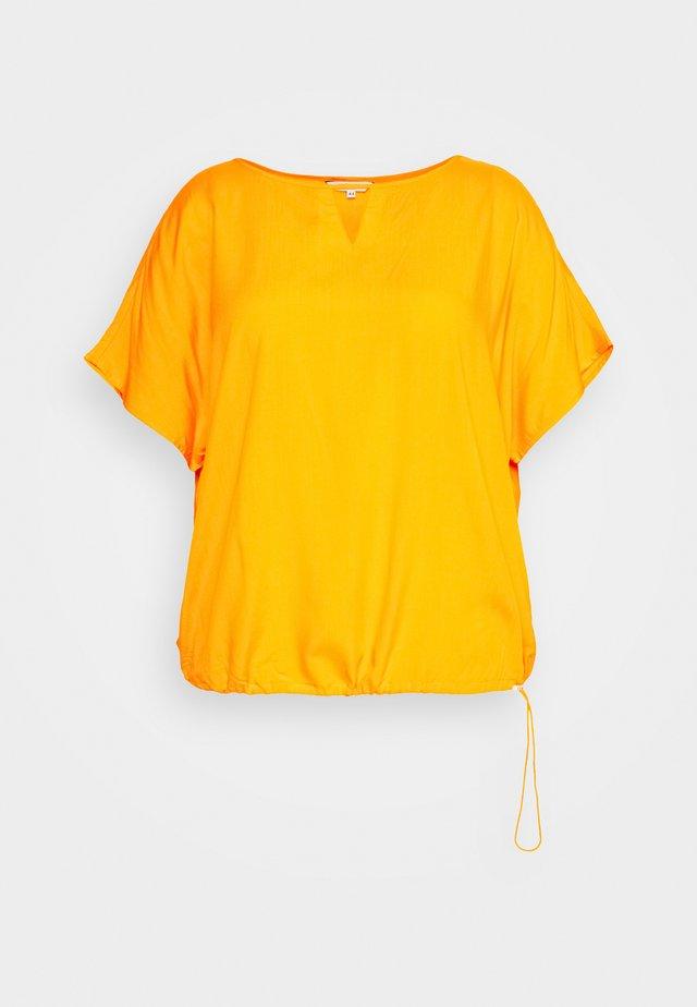 EASY - Bluser - bright mandarin