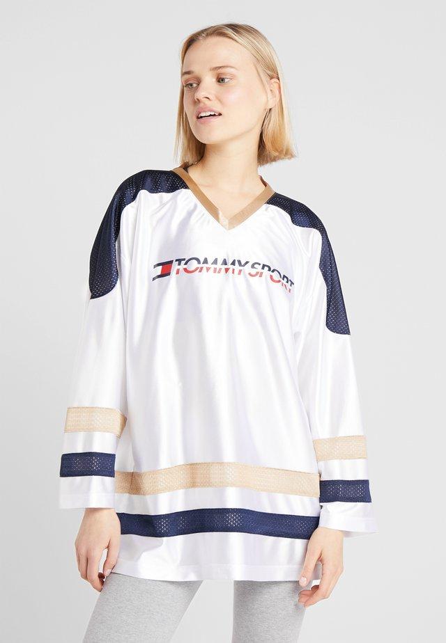 ARCHIVE LONGSLEEVE TEE - Long sleeved top - white