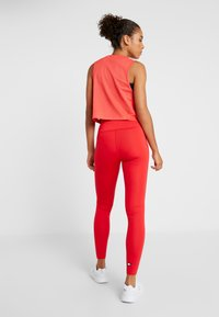 Tommy Sport - CROPPED TANK TOP LOGO - Sportshirt - red - 2