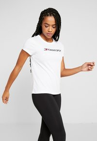 Tommy Sport - TEE CHEST LOGO - T-shirt imprimé - white - 0