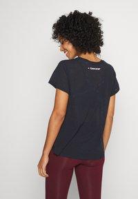 Tommy Sport - PERFORMANCE - Print T-shirt - blue - 2