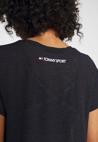 Tommy Sport - PERFORMANCE - Print T-shirt - blue - 5