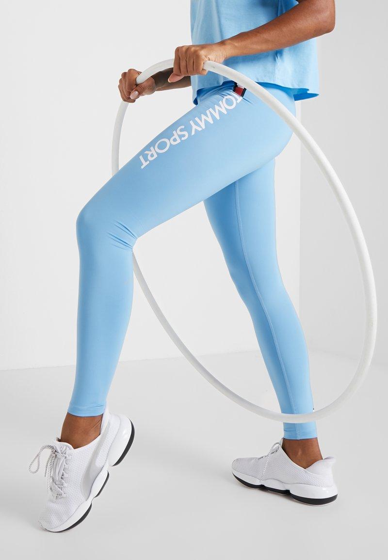 Tommy Sport - HIGHWAIST LEGGING LOGO - Medias - blue