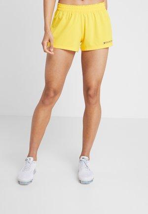 SHORT - Pantalón corto de deporte - yellow