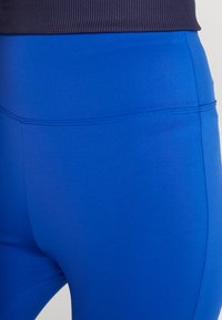 Tommy Sport - BLOCKED FULL LENGTH - Collants - blue - 4