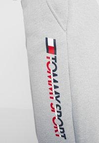Tommy Sport - BIG LOGO - Pantalones deportivos - grey - 4