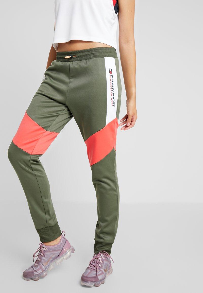 Tommy Sport - BLOCKED PANT CUFF LOGO - Jogginghose - green