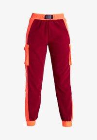 Tommy Sport - BLOCKED POLAR MIX PANT - Teplákové kalhoty - red - 4