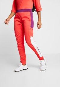 Tommy Sport - PANT - Jogginghose - red - 0