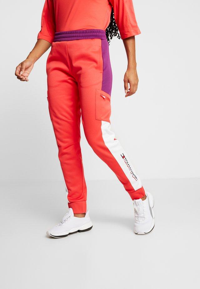 PANT - Spodnie treningowe - red