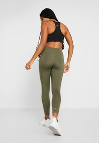 Tommy Sport - LEGGING 7/8 - Collant - green - 2