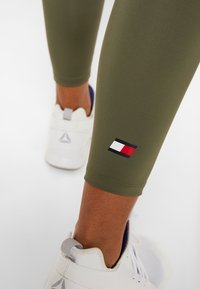 Tommy Sport - LEGGING 7/8 - Collant - green - 3