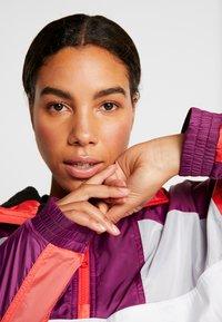 Tommy Sport - SHERPA LINED BLOCKED JACKET - Training jacket - purple - 3