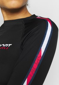 Tommy Sport - BASE LAYER WITH TAPE - Maglietta a manica lunga - black - 5