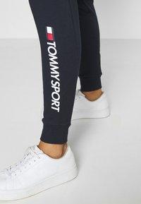 Tommy Sport - CUFF LOGO - Teplákové kalhoty - blue - 4