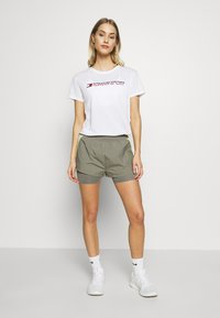 Tommy Sport - SHORTS - Sports shorts - grey - 1