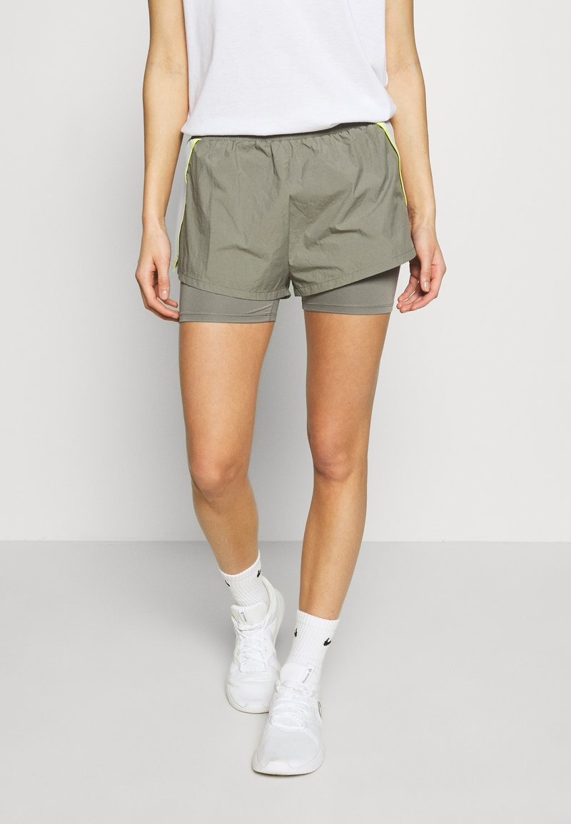 Tommy Sport - SHORTS - Sports shorts - grey