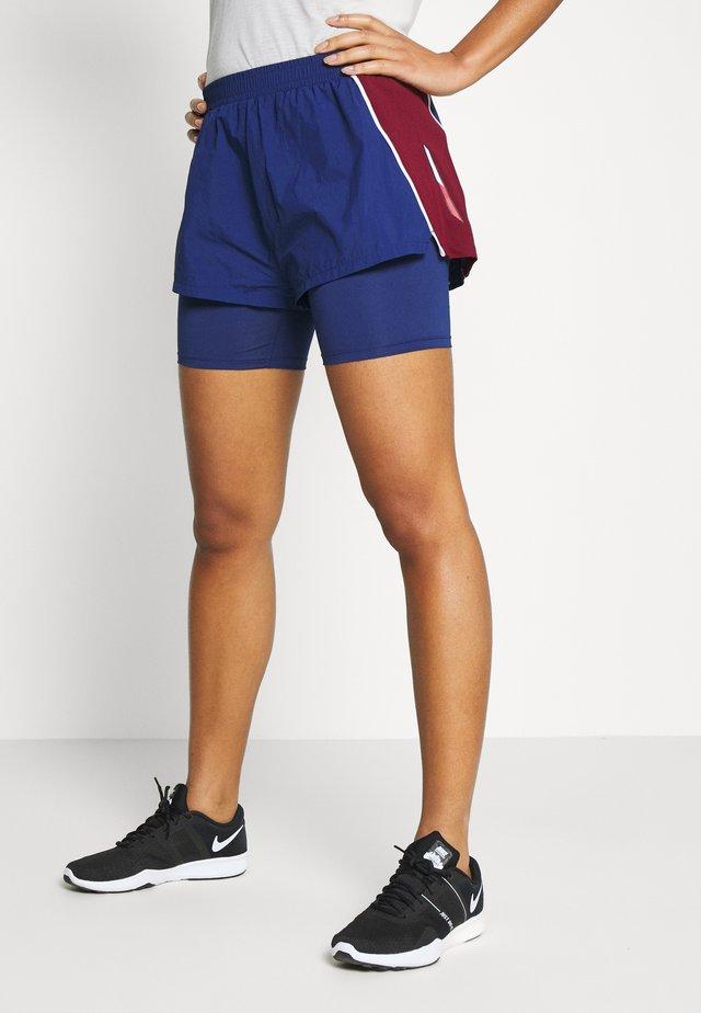 SHORTS - Pantalón corto de deporte - blue