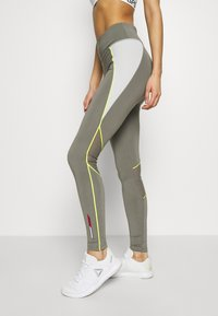 Tommy Sport - HIGHWAIST TRAINING LEGGING - Leggings - grey - 3