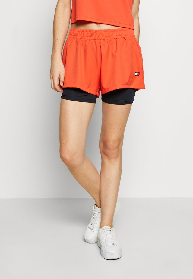 SHORT 2-IN-1 - Sports shorts - orange
