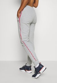 Tommy Sport - CUFFED PANT PIPING - Joggebukse - grey heather - 3