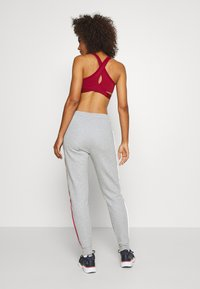 Tommy Sport - CUFFED PANT PIPING - Tracksuit bottoms - grey heather - 2