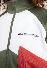 Tommy Sport - BLOCKED JACKET - Training jacket - green - 6