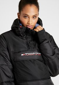 Tommy Sport - BLOCK INSULATION JACKET - Zimní bunda - black - 4