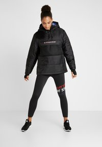Tommy Sport - BLOCK INSULATION JACKET - Zimní bunda - black - 1