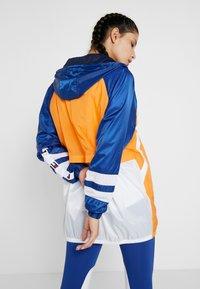 Tommy Sport - WINDBREAKER DRESS - Cortaviento - orange - 2