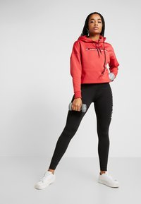 Tommy Sport - CROPPED HOODY - Huppari - red - 1