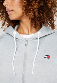Tommy Sport - ZIP UP HOODY - Fleecejas - grey - 7