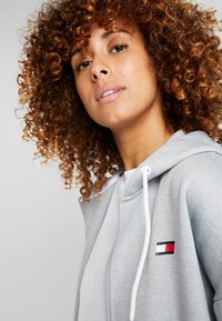Tommy Sport - ZIP UP HOODY - Fleecejas - grey - 3