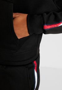 Tommy Sport - HOODY CROPPED WITH TAPE - Hoodie - black - 4
