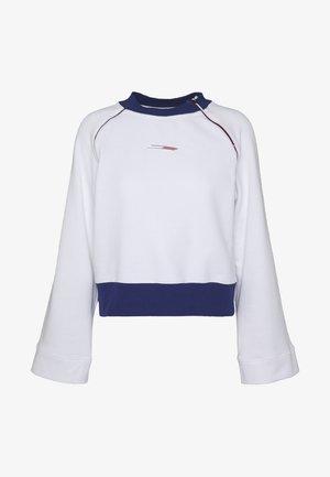 WIDE SLEEVE CREW NECK - Sweatshirt - white