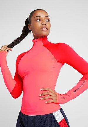 MOCK LONGSLEEVE BASELAYER - Långärmad tröja - pink