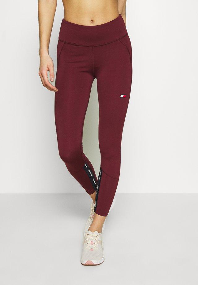 HIGHWAISTED TAPE - Legging - purple