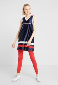 Tommy Sport - ARCHIVE DRESS LOGO - Vestido de deporte - blue - 1