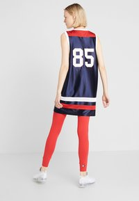 Tommy Sport - ARCHIVE DRESS LOGO - Vestido de deporte - blue - 2